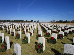 "<div style=""text-align:center"">Wreaths Across America</div>"